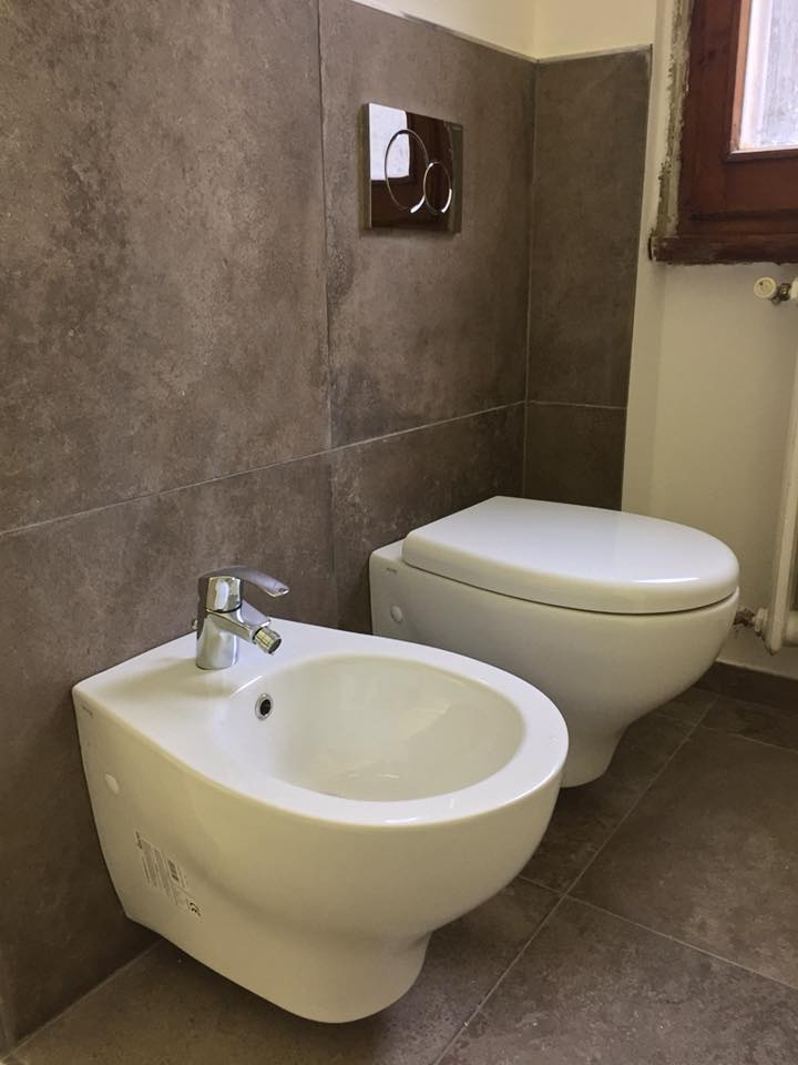 Vaso-wc-bidet-sospesi-posa-sanitari-azienda-idraulici palermo-min