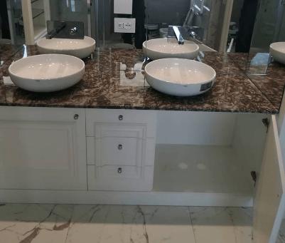 Qual è l'altezza ideale del gruppo rubinetto del lavabo bagno?