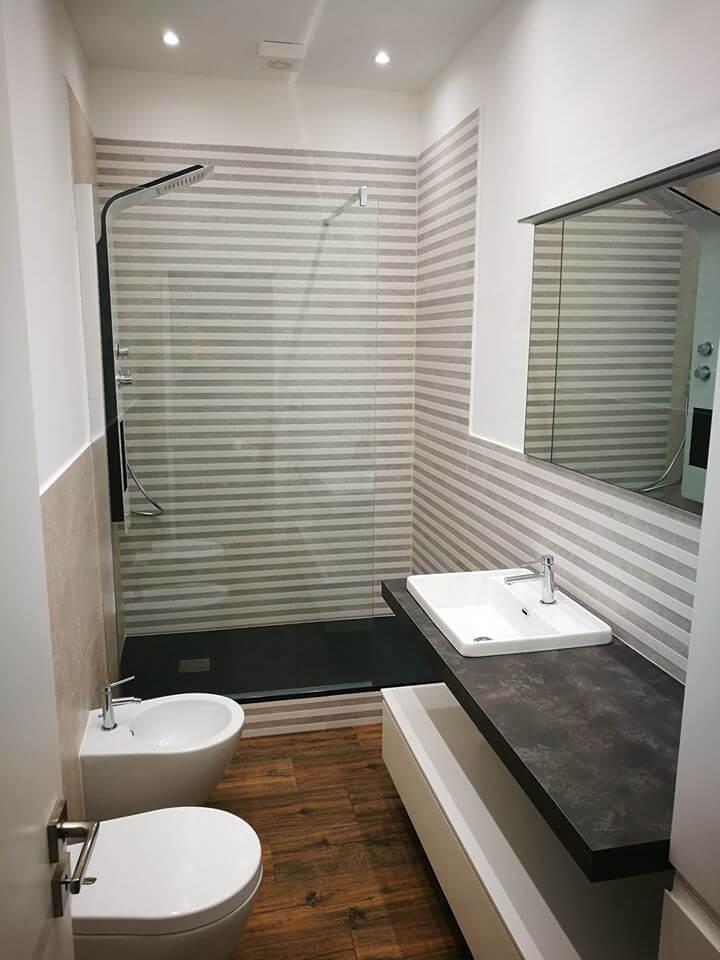 idea bagno moderno piccolo