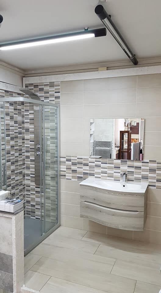 doccia lavabo specchio bagno idee