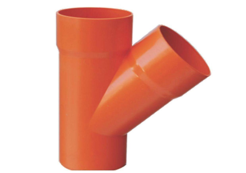 braga scarico tubo in pvc riparata con spray